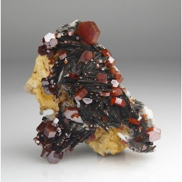 Vanadinite on Baryte Mibladen - Morocco M03868