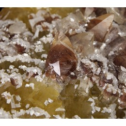 Fluorite, Calcite and and Dolomite - Moscona Mine M03750