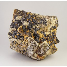 Sphalerite and Chalcopyrite on Siderite - Malaespera M03354