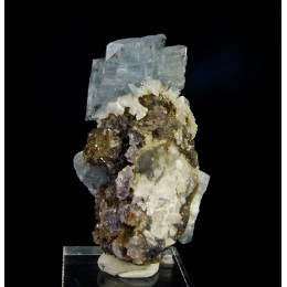 Blue Baryte on Fluorite and Dolomite - Moscona Mine  M03143